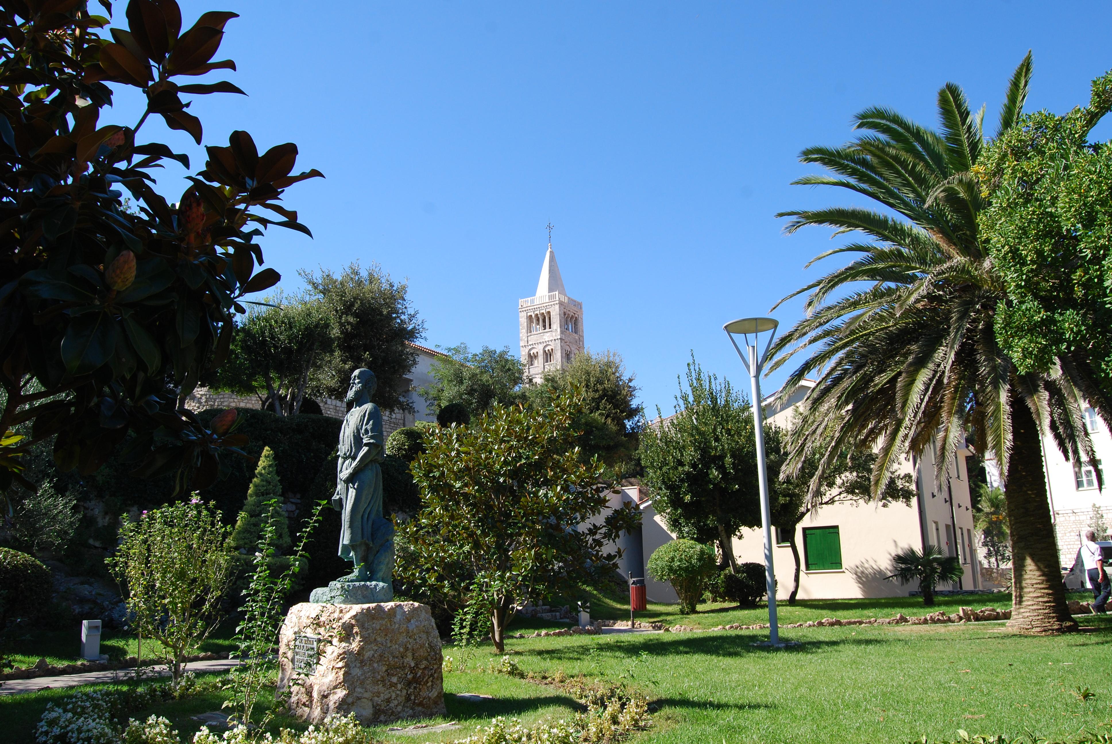 Kirándulási lehetőségek Horvátországban, a Rab szigeten lévő Lopar-i San Marino kempingből
